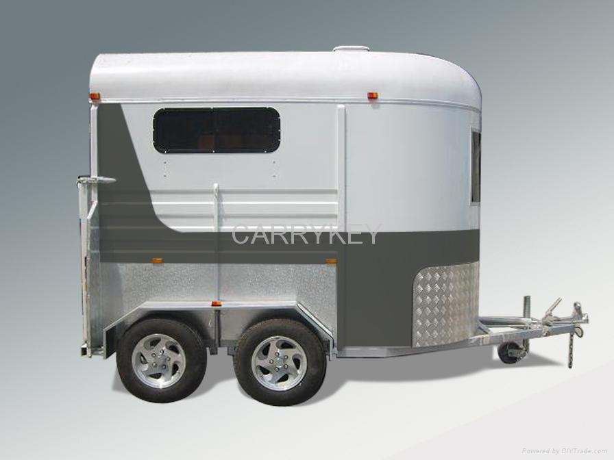 horse trailer 1