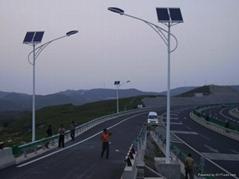 北京太阳能风能路灯