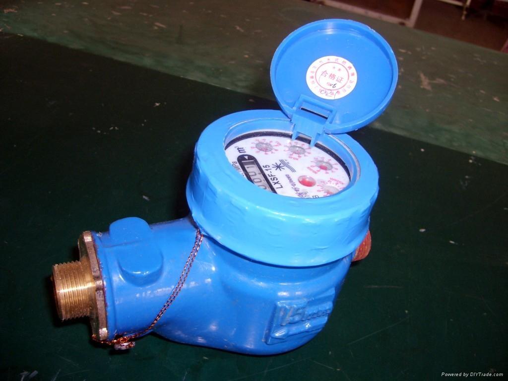 高精度節水-防滴漏水表 1
