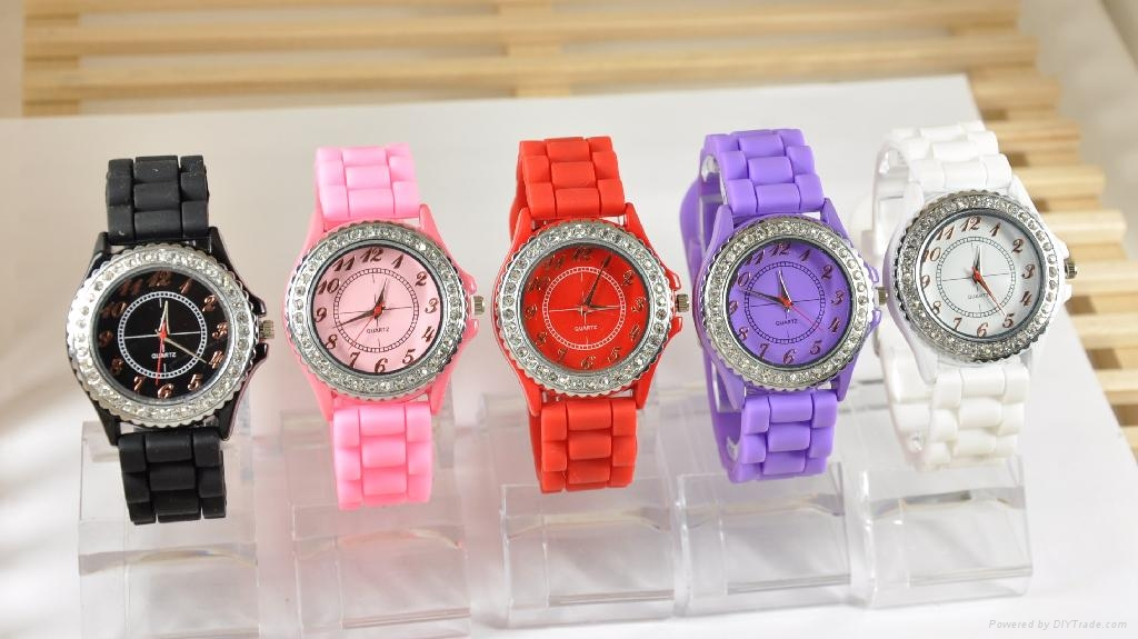 Silicone Slap Watches in Analog, Analog Slap Watch, Silicone Watches