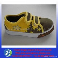 promotional children canvas shoes/PVC shoes
