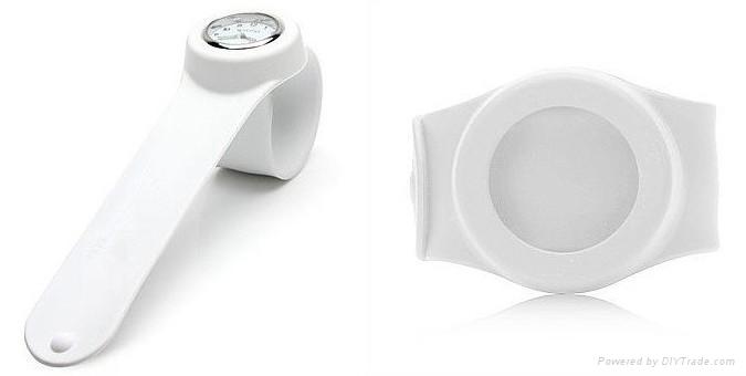 高度防水啪啪手表 4