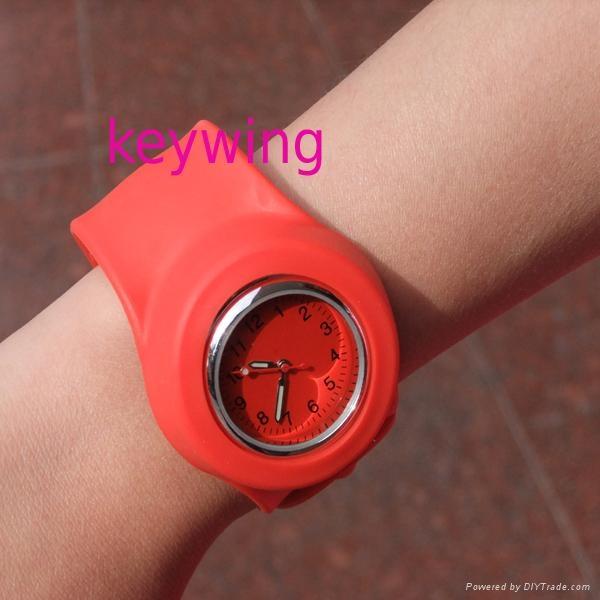 高度防水啪啪手表 5