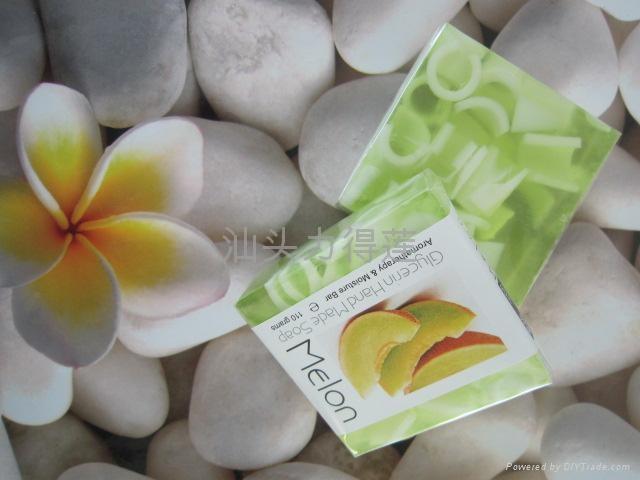 供应110g正方形水果夹心皂 3
