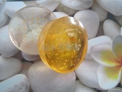 供应高品质天然金箔洁肤皂