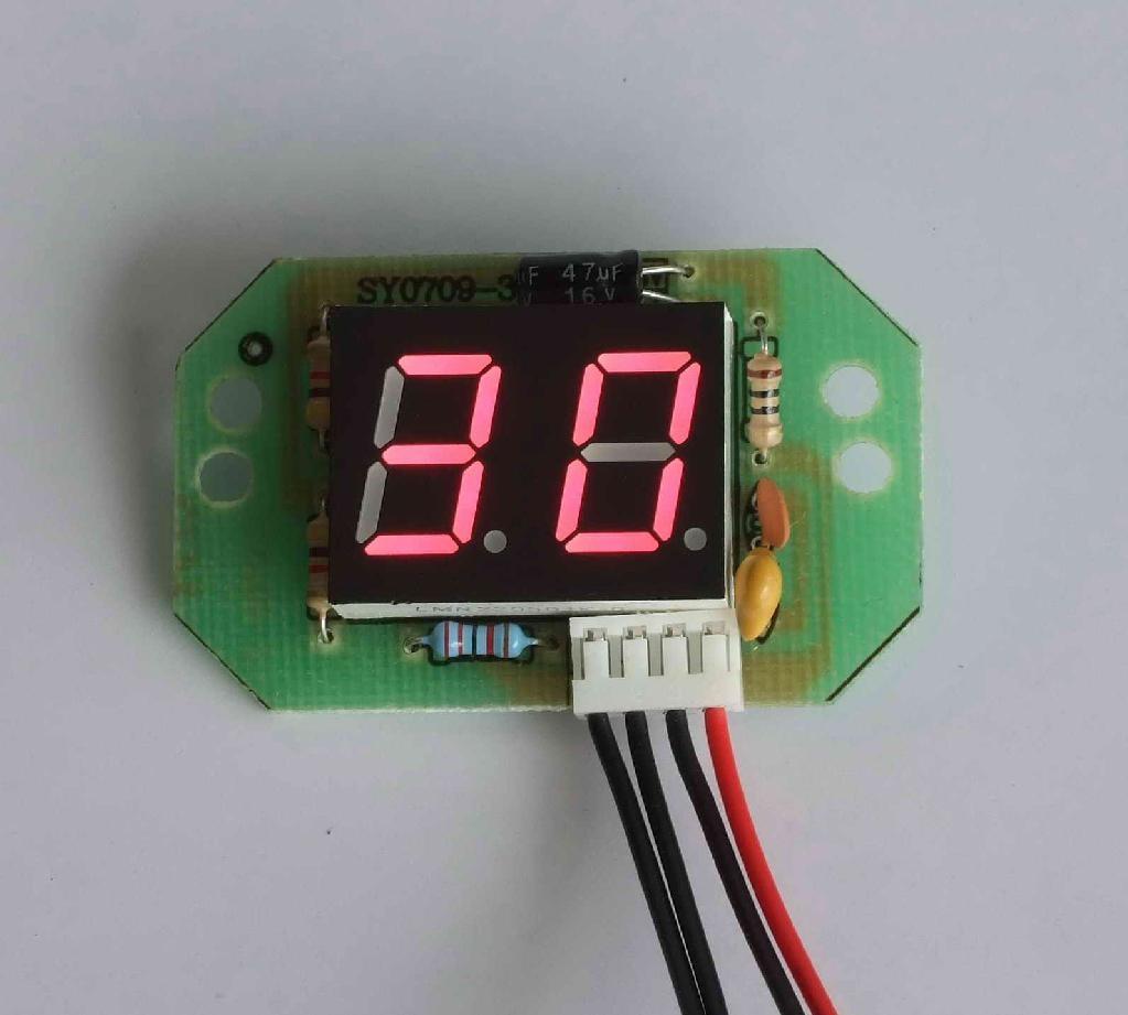 温度显示器 1