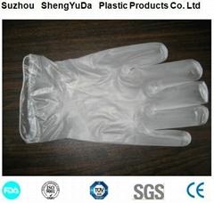 常年大量供应PVC/PE手套