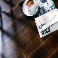 High gloss laminate wood floor