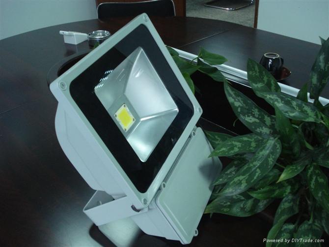 供应80W大功率LED投光灯灯具 1
