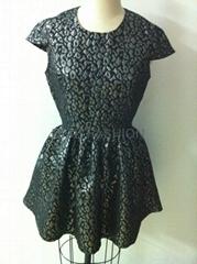 豹紋銀線面料款式連衣裙(工廠)