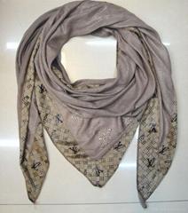 Lady's fashion scarf
