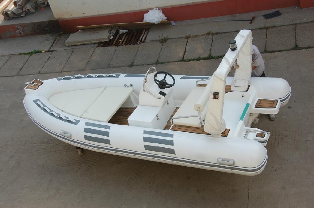 Rib boat rigid inflatable boat rib480d baoquan - Barca porta bote ...