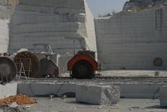供應花崗岩石材