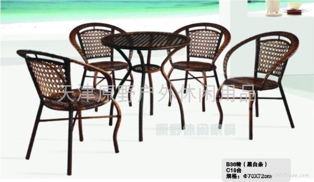 藤編桌椅 2