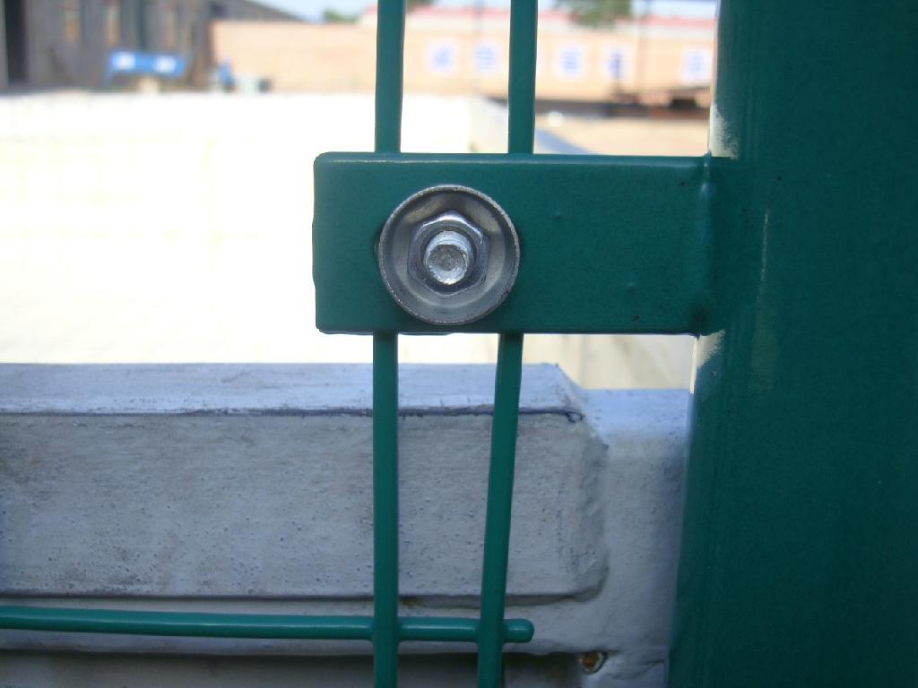 双边丝护栏 2