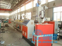 PP-R冷熱給水管生產線