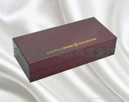 噴漆木盒 2
