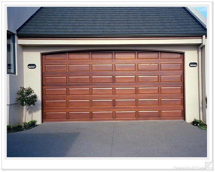 Garage doors sectional door