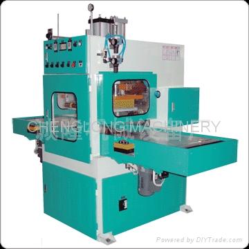 高周波柔软线胶盒压线机 1