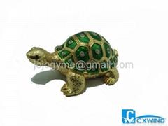 Sea shell jewelry box