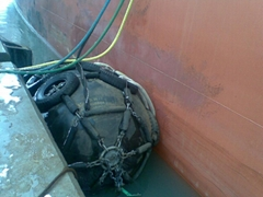 pneumatic rubber fender for ship launching