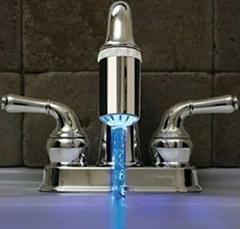 溫控感應水溫發光水龍頭 