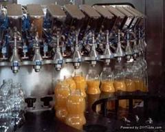 果汁灌裝機