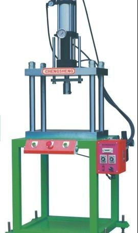 深圳气液增压机 1