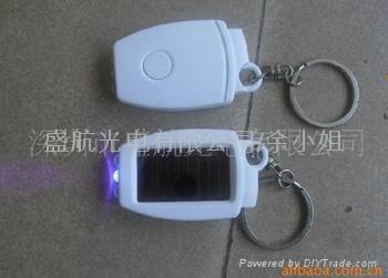太阳能手电筒批发 1
