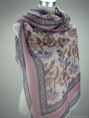 供應多種時尚流行圖案印花圍巾