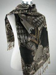 專業供應外貿流行經典圖案提花圍巾
