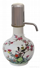 China elegant drinking bottle with high power magnetizer and microelement stone