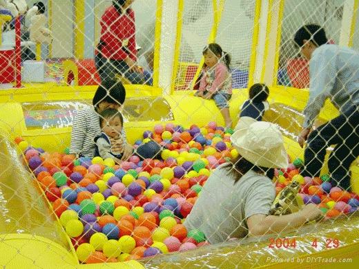 球球游泳池 1