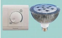 LED可調光射燈