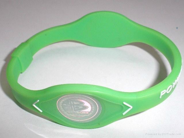 Power balance silicon bracelets 2