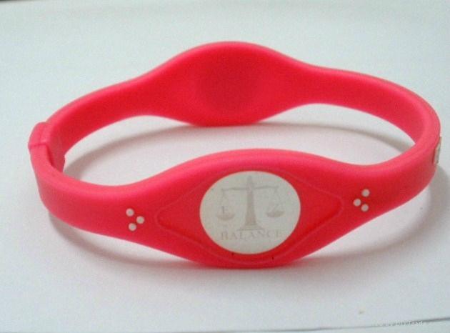 Fashion design energy silicone bracelet 2011 hot sell 4