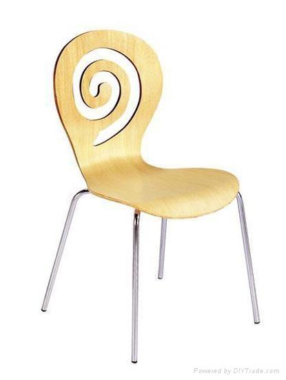 曲木椅 2