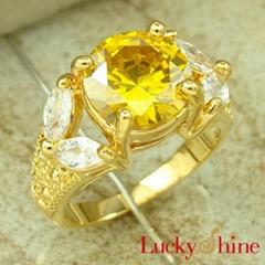 金黄石锆石戒指