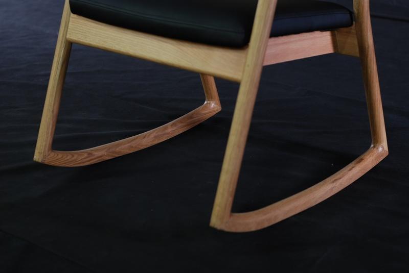 OAK Solid Wood Rocking Chair 2