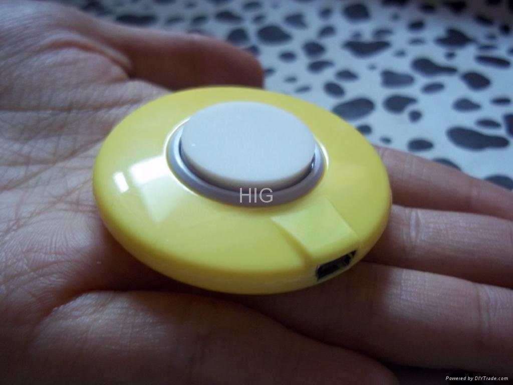 Badge vibration speaker  2