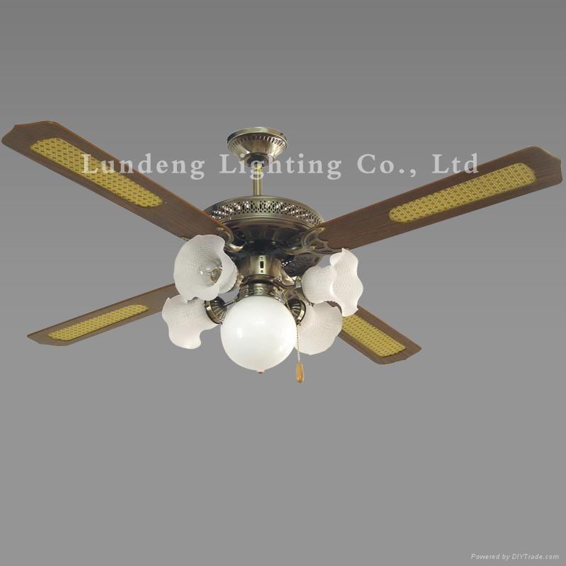 2011 Decorative Ceiling Fan Cf52 4c5l Lundeng China