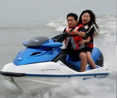 2011 newly develped 1500CC jet ski with Germany new technology of engine