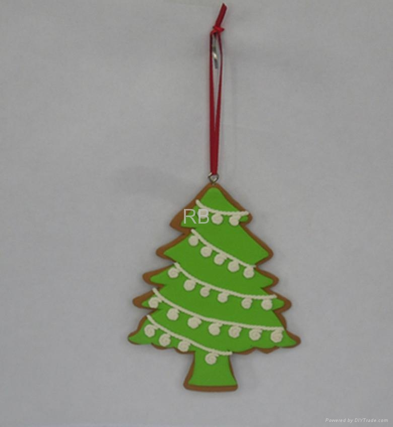 - Cute Tree Design Polymer Clay For Christmas Haning Ornaments
