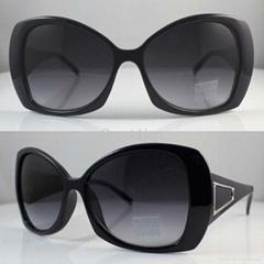 2011新款時尚塑料太陽鏡