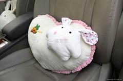 福客思咪呢兔汽車心型抱枕