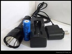 3W強光充電手電筒