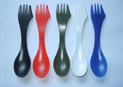 spork plastic spoon