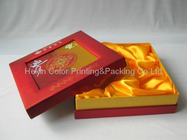 Exquisite Paper Hat Box 1
