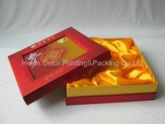 Exquisite Paper Hat Box