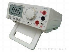4 1/2 Bench type digital multimeter